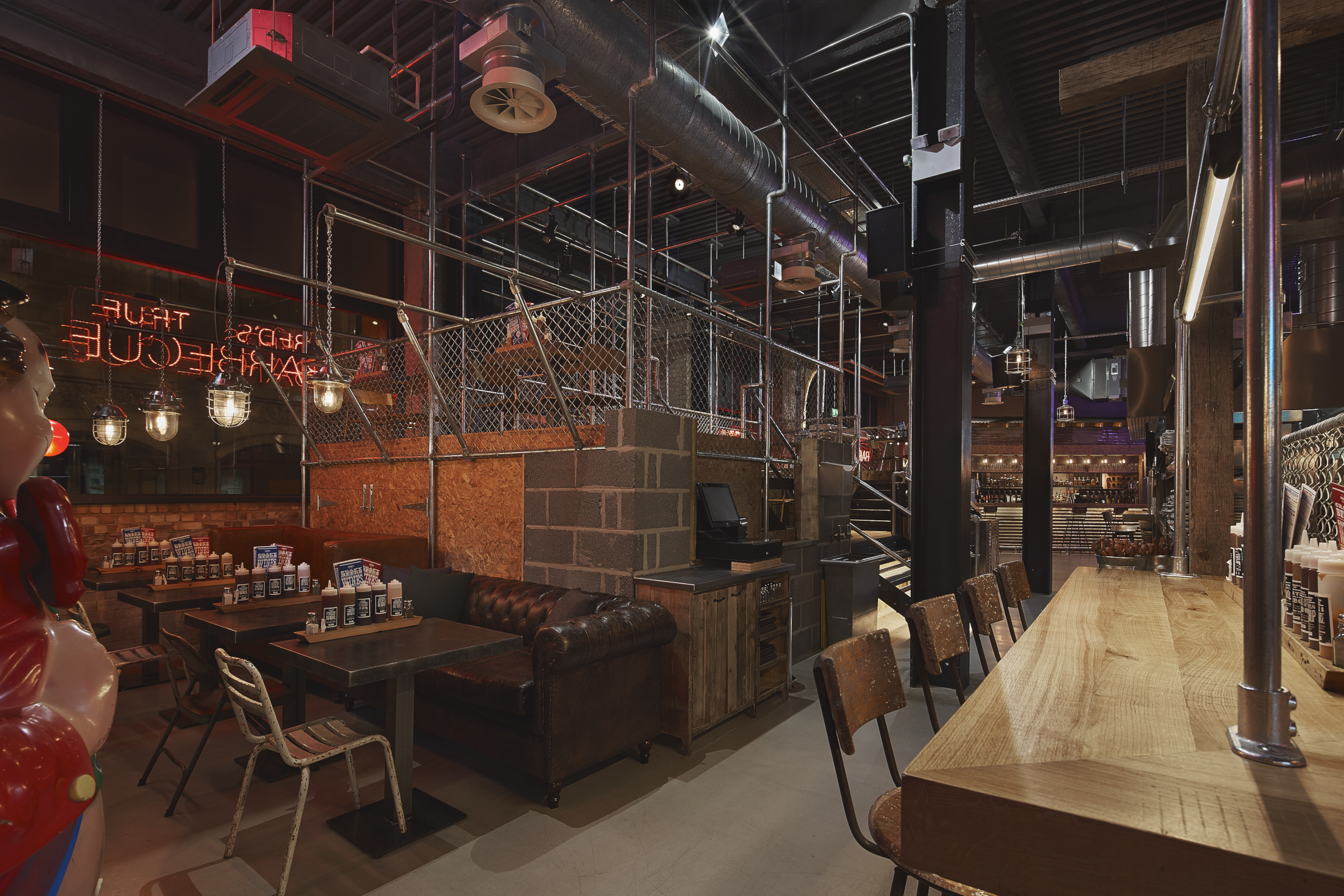 Interiors Final Update: Your New Church Of True BBQ: Red's Nottingham