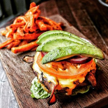 Now there's no excuses for non believers to miss worship.  The Naked Burger, from the new Express Lunch menu (Mon-Fri 12-4pm), including bottomless drinks or a pint of beer/glass of wine, for a tenner.  Tag a non believer to take to Red's and we'll pick 20 hungry souls at random to win Express Lunch on us.