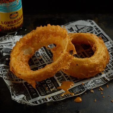 Giant Onion Rings (V)