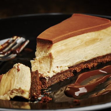 Red's Classic Chocolate Peanut Butter Cheesecake