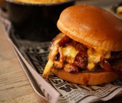 £10 Burger & Booze